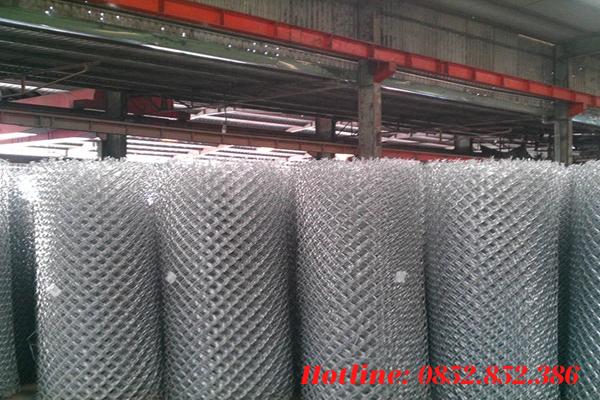 Một cuộn lưới thép B40 có chiều dài tiêu chuẩn sẽ là 35 mét
