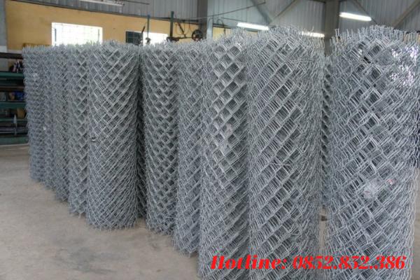Những sợi dây thép mạ kẽm nhúng nóng được đan vào nhau tạo nên lưới B40 mạ kẽm nhúng nóng